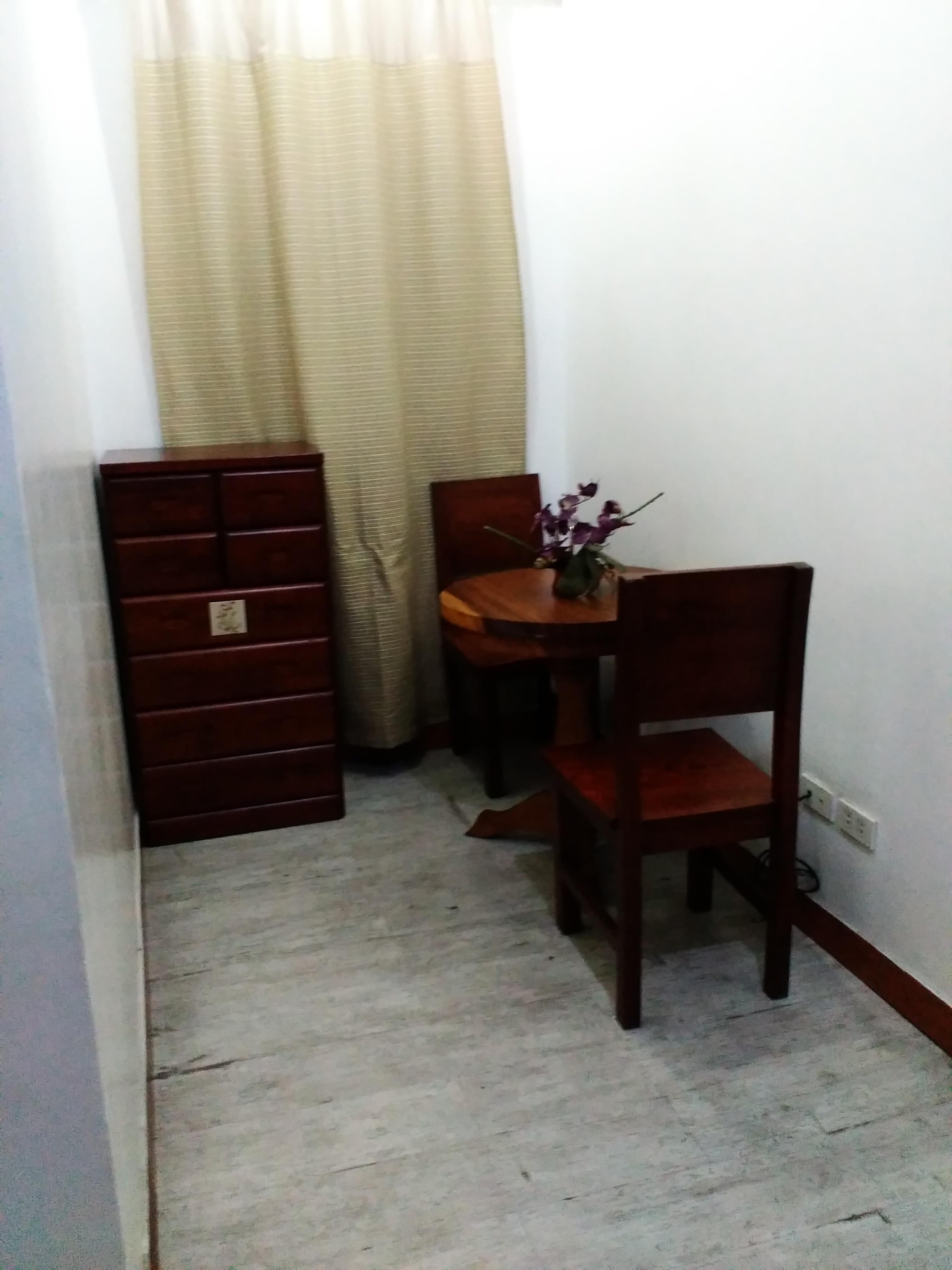 Standard room-ROOMS498 Mandaluyong