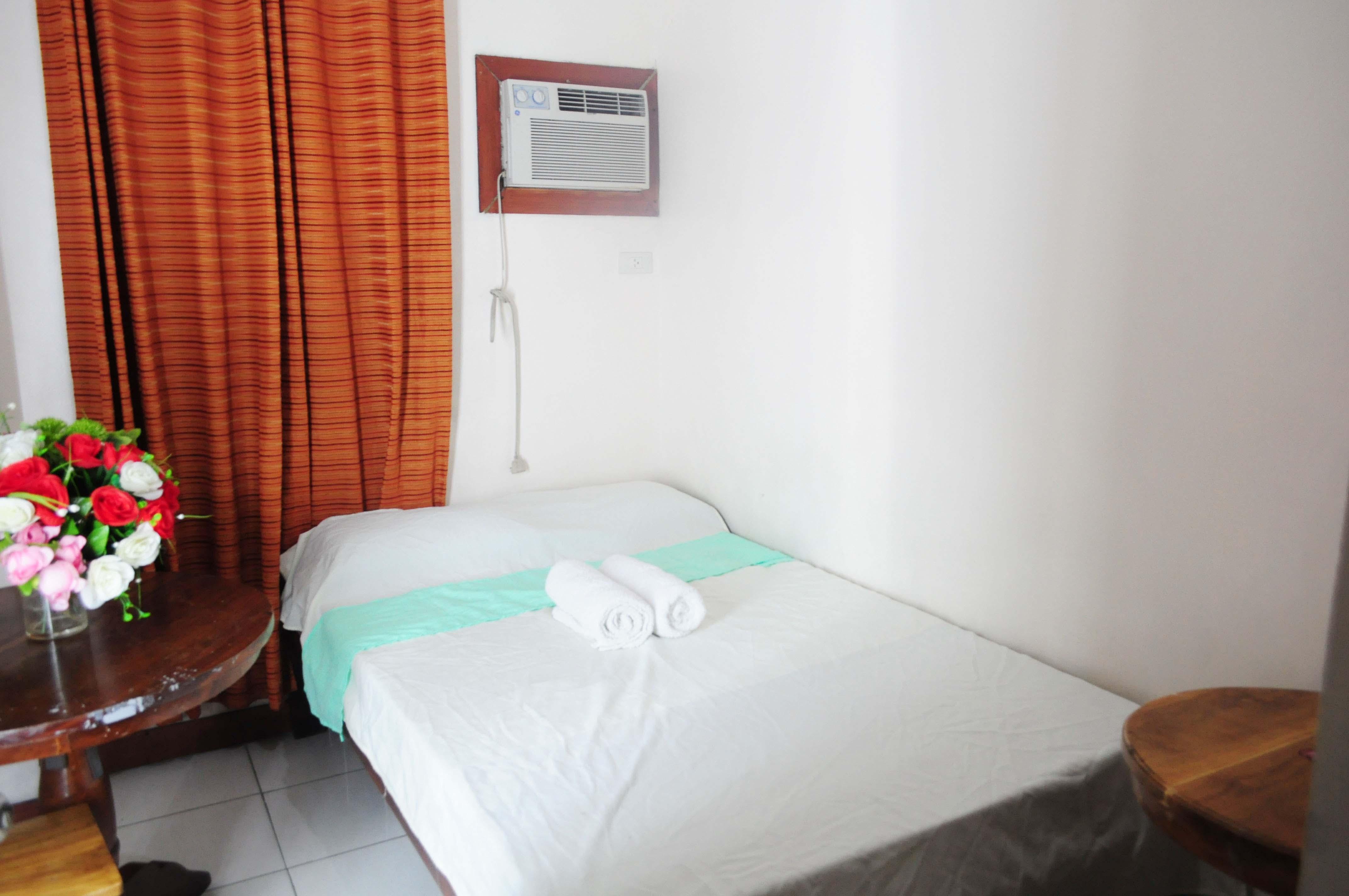 Standard Room-Rooms498