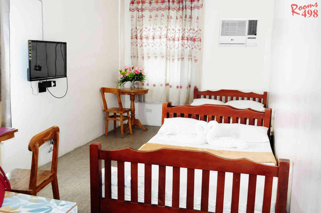 Family Room - Rooms498
